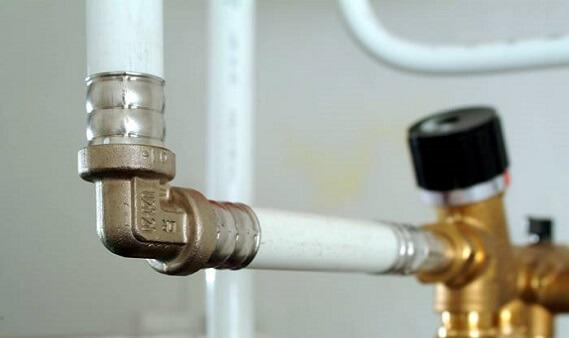 Металлопластиковые трубы для отопления с фитингом