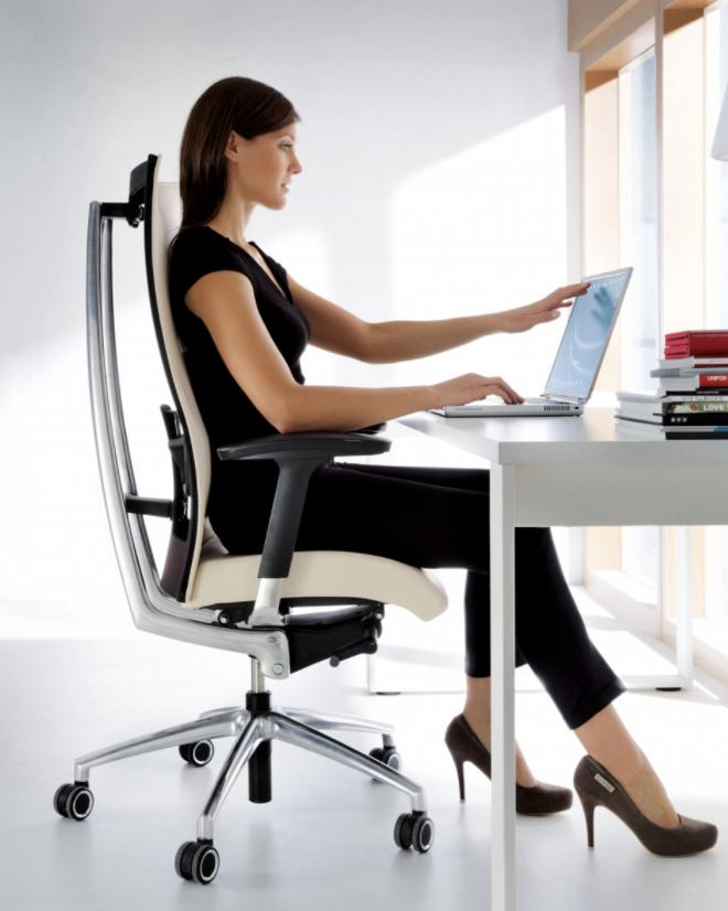 Правильный выбор офисного кресла для работы в трубной компании